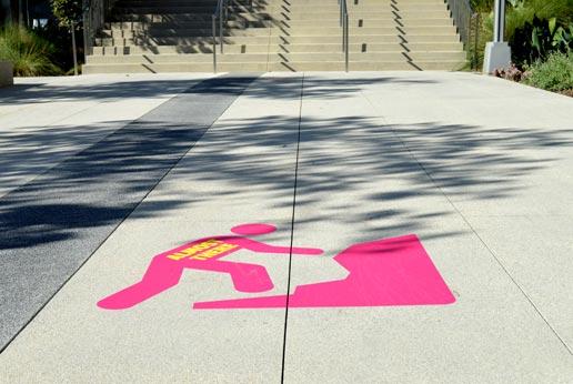 sidewalk graphics in downtown la