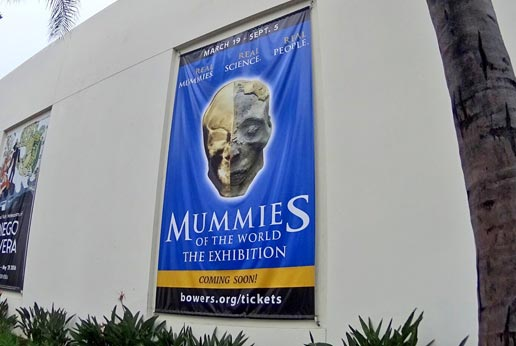 Outdoor advertising banners to promote museum exhibitions