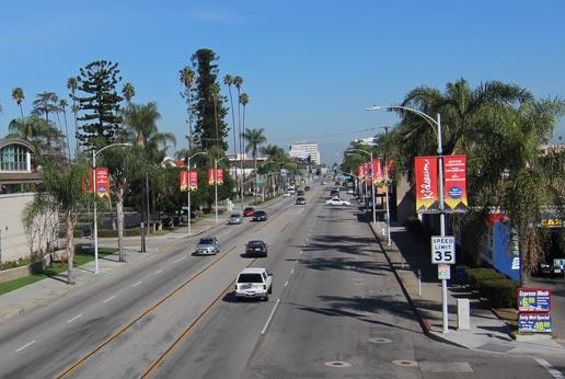 bowers kidseum city light pole banner campaign