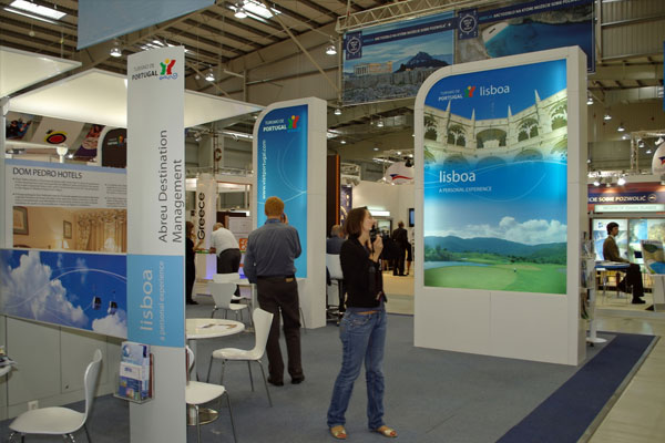 expo interior banners
